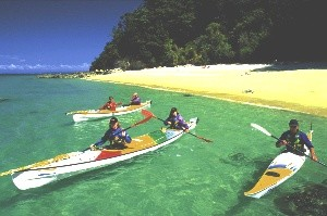 Kyaking in Tasman National Park