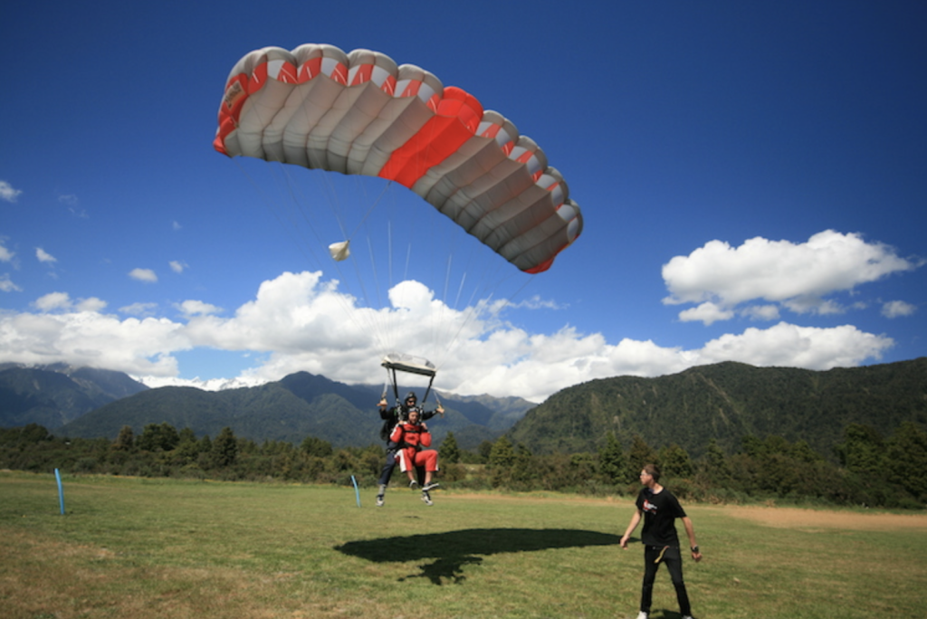 Skydiving Franz Josef Glacier New Zealand - landing tandem dive